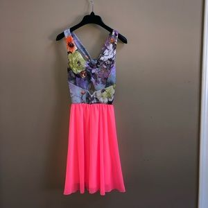 ADORABLE dress with bow back detail
